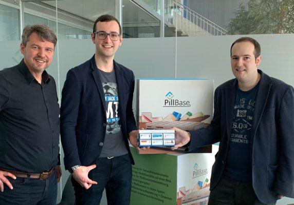 Der Bürgermeister von Lustenau Kurt Fischer zu Besuch bei PillBase.